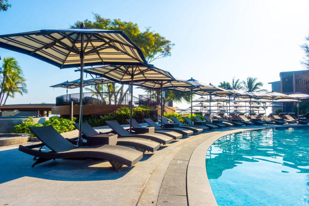 タイ コンドミニアム プール