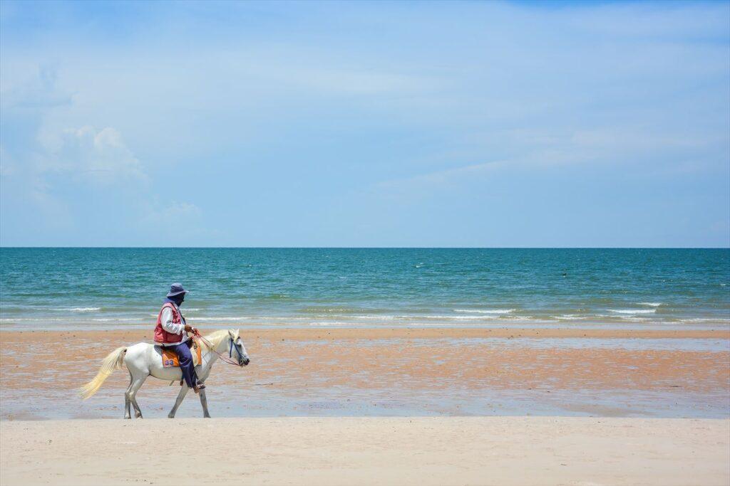 ホアヒン ビーチ 乗馬