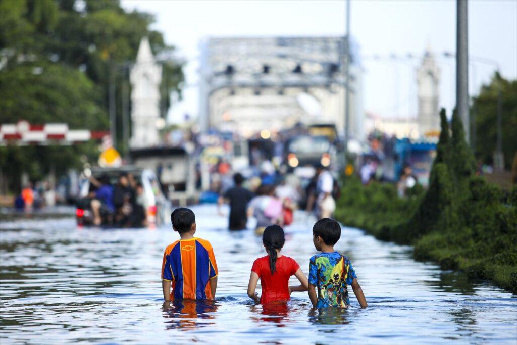 タイ 洪水 2011